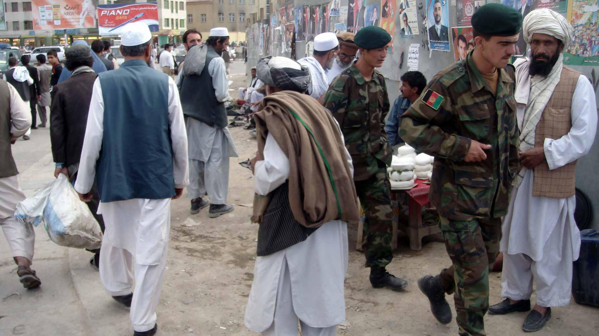 Menschen in Kabul